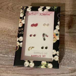 NIB BETSEY JOHNSON EARRING SET